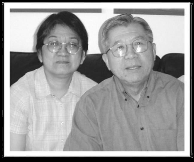 黄沐明牧师(主任牧师)及师母